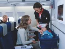 sa-bebom-u-avionu