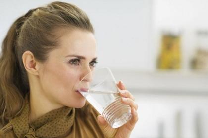 Suvoća usta-hiposalivacija